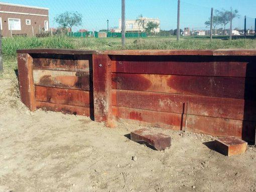 Construcción de estacadas en parque