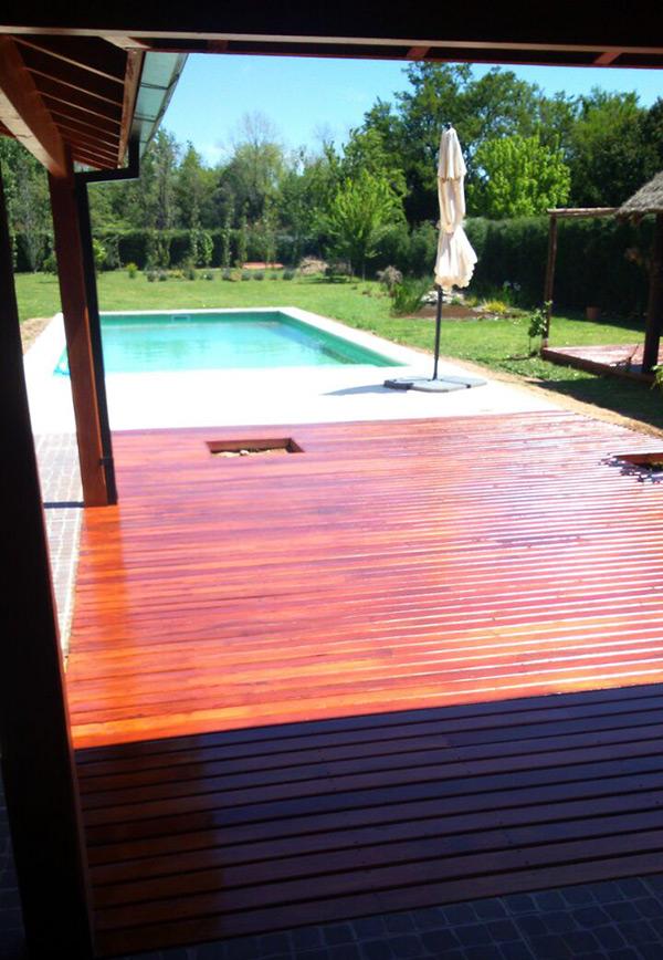 deck-madera-en-galeria-jardin
